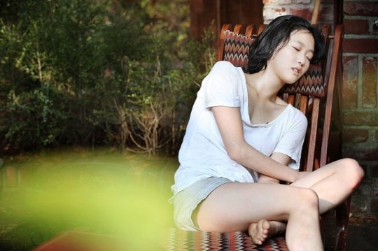 17 year old Eun-gyo is a naturally charismatic young woman