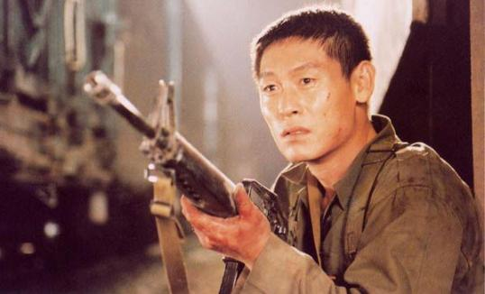 Yeong-ho revisits his military past, in which he took part in the Gwangju massacre