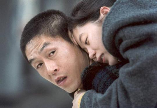 The relationship that develops between Jong-du and Gong-ju is beautifully poignant