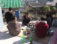 Grandma-Cement Garden (할매-시멘트정원)