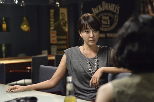 Mizo faces her nemesis and rival for Woo-sang's affections