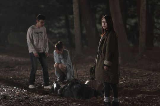 During a fatal encounter, Eun-joo and her friends commit a terrible crime
