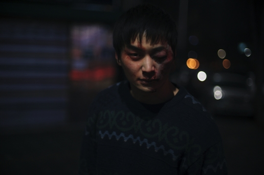 Tertiary male characters, such as Tae-sung, add little to the narrative